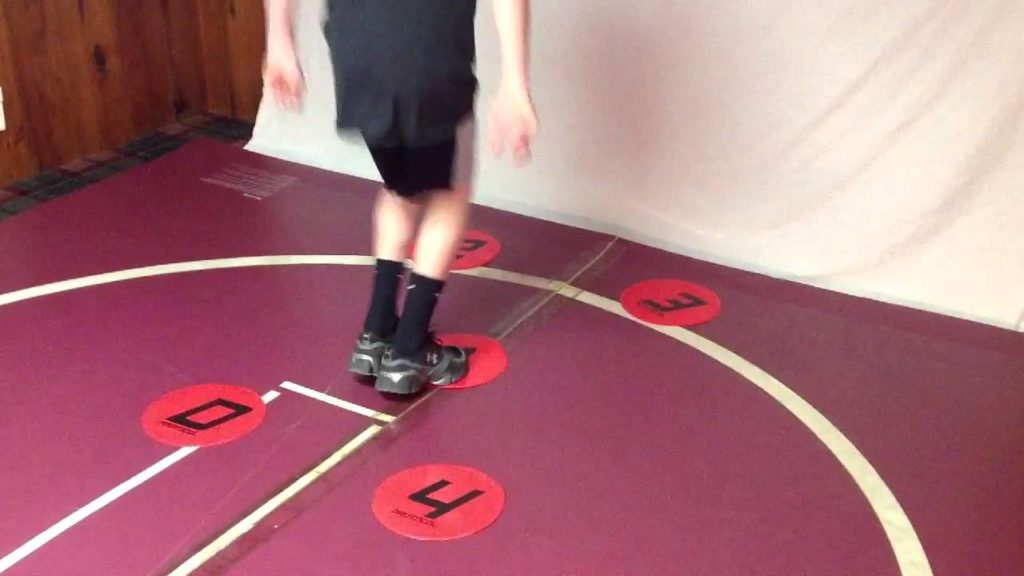Agility – Increase your speed with the Dot Drill!