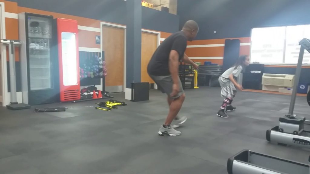 Mina Hashemzadeh c/o 2025 – Basketball and agility work