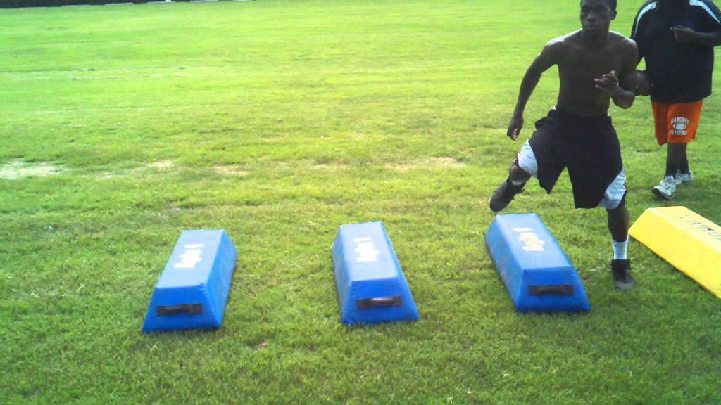 Football Group Training – Agility Bags