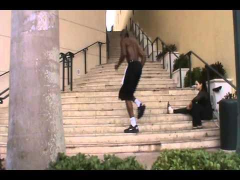 Dre Baldwin: Step Running Sideways || Quickness Agility Drills