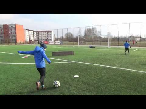 Football finishing training for forwards • Agility, 1v1, Speed, Shooting with both feet (HD)